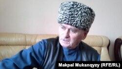 Житель Алматы Хажбикар Акиев, переживший принудительное переселение с Кавказа в 1944 году. 13 февраля 2014 года.