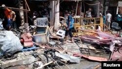 Իրաք - Ահաբեկչական պայթյունի պատճառած ավերածությունները Բասրայում, 29-ը հուլիսի, 2013թ․