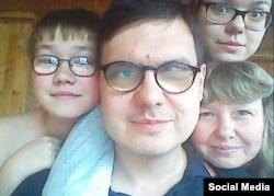 Олег Шевкун с семьей