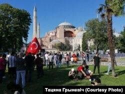 Перад Сафійскім саборам у Стамбуле, 2020