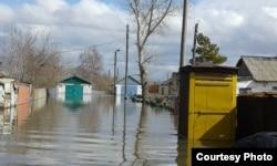 Паводки, затопившие село Садовое Бухар-Жырауского района Карагандинской области. 15 апреля 2015 года.