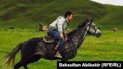 Уланбек Эгизбаев.