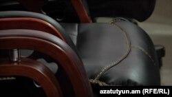 Երևանի քաղաքապետարանը 300 հազար դրամանոց աթոռ է ձեռք բերել