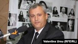 Nicolae Vicol, pe vremea când era șeful fiscului Republicii Moldova, la un interviu în studioul Europei Libere.