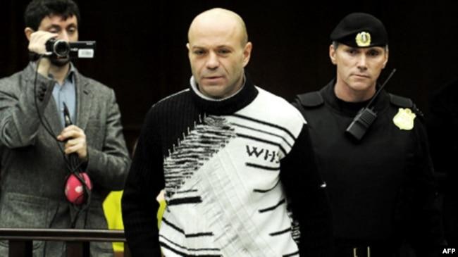Дмитрий Павлюченков в суде