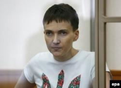 Надія Савченко під час засідання суду у Донецьку Ростовської області. 9 березня 2016 року