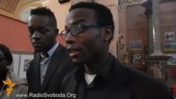 Студенти з Африки читають Шевченка