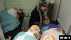 Як стверджують, на знімку – потерпілі від нападу хімічною зброєю в лікарні в Алеппо, фото 19 березня 2013 року