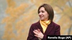 Maia Sandu este prima femeie aleasă în funcția de președinte al Republicii Moldova. De profesie economist, ea a deținut și funcția de premier.