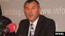 Anatolie Bîzgu (Mişcarea Refugiaţilor Transnisteni)