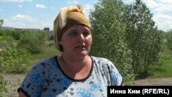 """Жительница Парниковки: """"У нас дома щель толщиной в руку"""""""