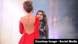 Платье узбекской певицы Лолы Юлдашевой (слева) привлекло внимание государственного органа «Узбекнаво»