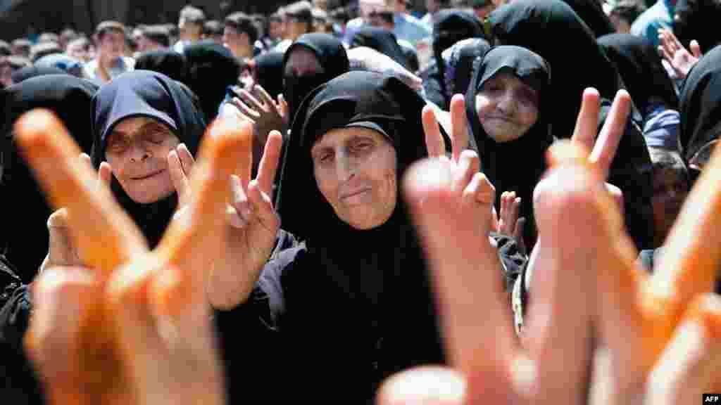 Впервые за несколько десятилетий парламентские выборы в Сирии проходят в условиях многопартийности.