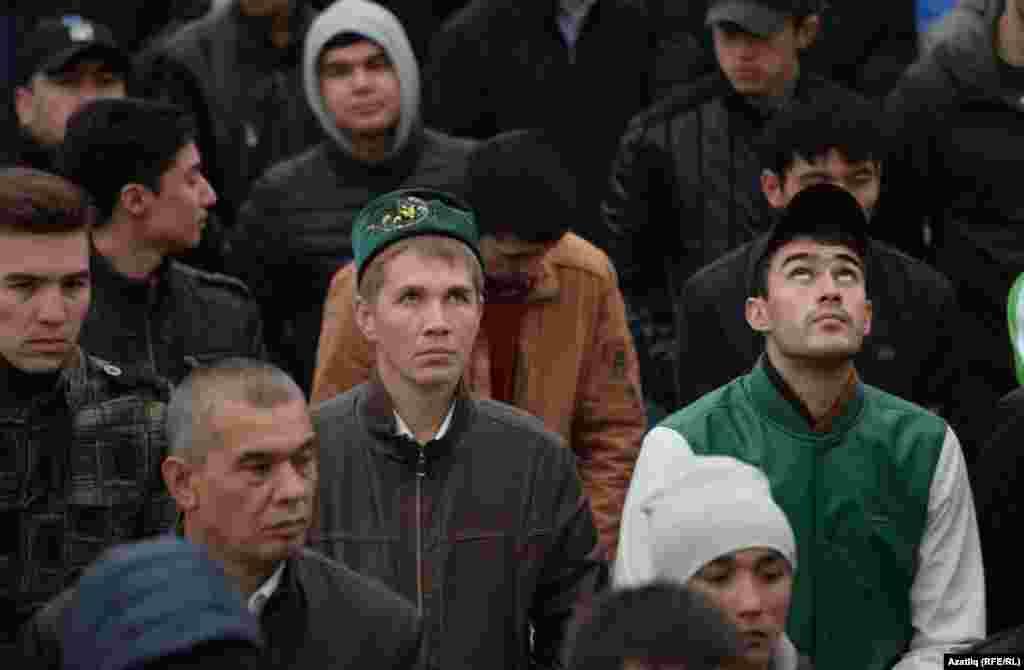 Халык арасында татар түбәтәйләре бик аз иде
