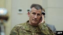 جنرال جان نیکولسن قوماندان عمومی ماموریت حمایت قاطع ناتو در افغانستان