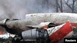 Смоленск әуежайына таяу жерде апатқа ұшыраған Польша үкіметінің ұшағы. Ресей, 10 сәуір 2010 жыл.