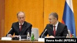 Nikolaj Patrušev sa ministrom unutrašnjih poslova Srbije Nebojšom Stefanovićem tokom posete Beogradu