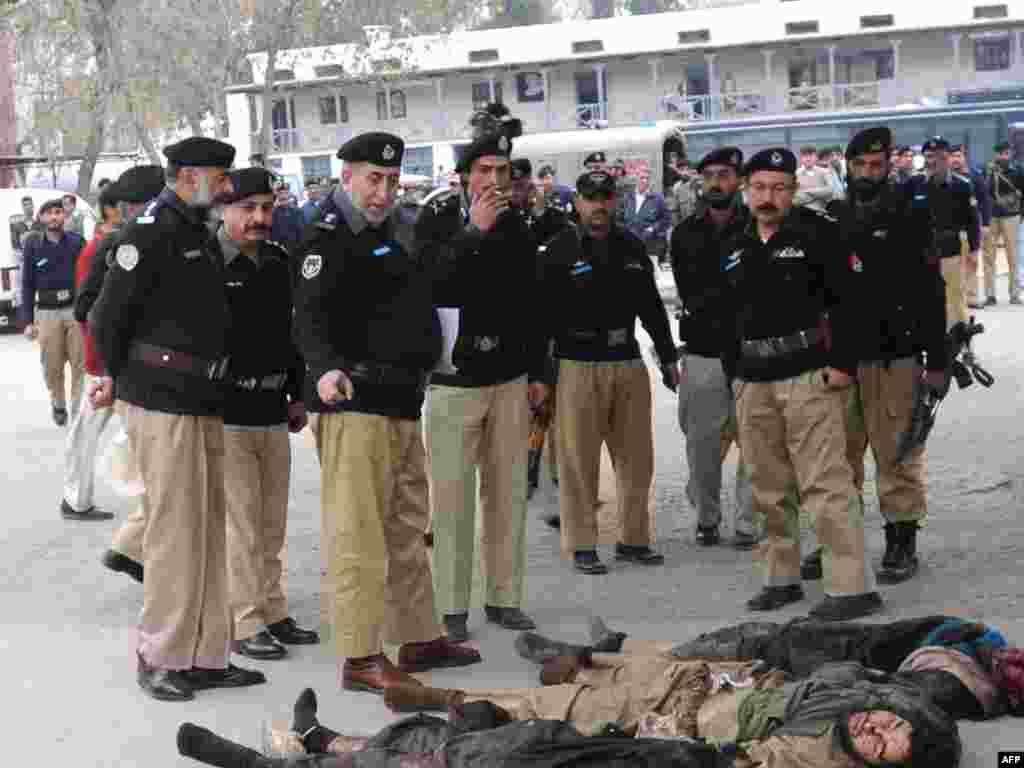 В долине Сват в Пакистане идут ожесточенные столкновения боевиков с силами безопасности