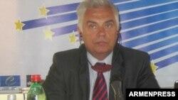 Հայաստանում ԵՄ պատվիրակության ղեկավար Պյոտր Սվիտալսկի, արխիվ