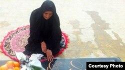 پیشتر گوهر عشقی، مادر ستار بهشتی، کارگر وبلاگنویس که در بازداشتگاه پلیس فتا در سال ۹۱ کشته شد، قصد ایجاد این انجمن را به رادیو فردا اعلام کرده بود.