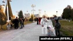 Täze Ýyl baýramçylygyna taýýarlyk, Lebap welaýaty, Türkmenistan