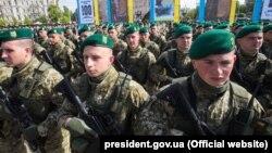 Во время торжеств по случаю 100-летия пограничной службы Украины. Киев, 27 апреля 2018 года