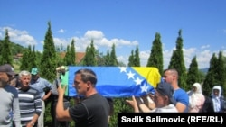 Ukop žrtava u Veljacima, foto: Sadik Salimović