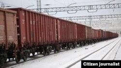 """""""Сариоғоч"""" станциясида ташлаб кетилган вагонлар."""