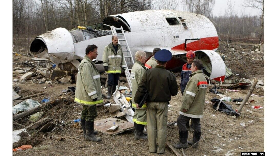На месте «Смоленской катастрофы», 13 апреля 2010 года