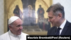 Papa Franjo i Denis Zvizdić, Vatikan