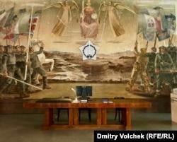 Одна из площадок Манифесты – Дом Инвалидов с фресками муссолиниевских времен