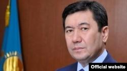 Ерлан Кошанов в бытность акимом Карагандинской области.