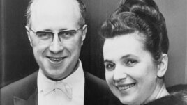 Galina Vishnevskaya with her cellist husband Mstislav Rostropovich