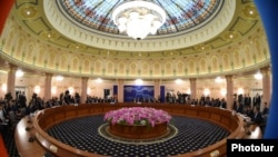 Встреча премьер-министров стран ЕАЭС в Ереване, 20 мая 2016 г.