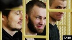 Фігуранти справи (зліва-направо) Володимир Ілютіков, Олександр Ковтун і Максим Кирилов (архівне фото)