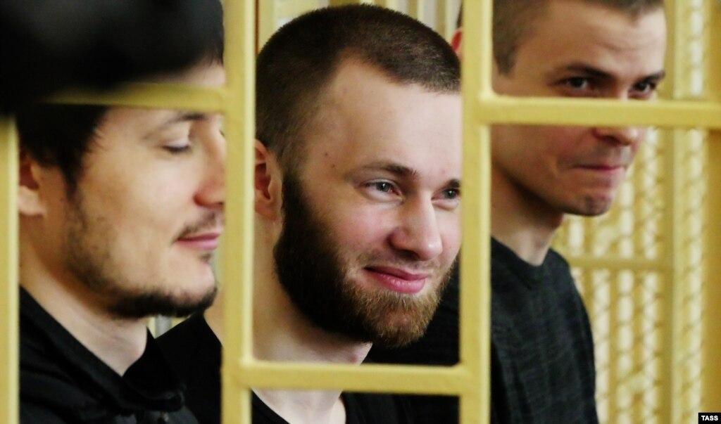 Юристов приморских преступников наградили заоправдательный вердикт