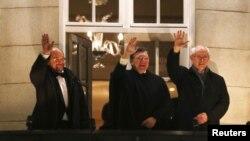 მარტინ შულცი, ჟოზე მანუელ ბაროზუ, ჰერმან ვან რუმპე პრემიის გადაცემის ცერემონიალზე