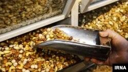 در این گزارش تورم کالاهای خوراکی و آشامیدنی ۶۲.۷ درصد ارزیابی شده است
