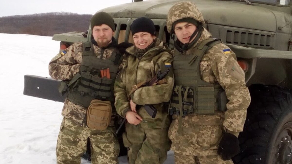«Быть добровольцем»: четыре истории женщин-военных