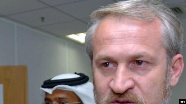 Separatist leader Zakaev lives in London exile.