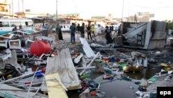 Pamje pas një sulmi vetëvrasës të mëparshëm në Bagdad