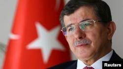 Министр иностранных дел Турции Ахмет Давутоглу.