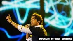 کنسرت بنامین بهادری در قالب جشنواره موسیقی فجر در ۳۰ بهمن ۱۳۹۳
