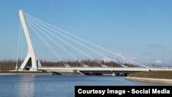 Міст через Дудергофський канал у Санкт-Петербурзі, Росія