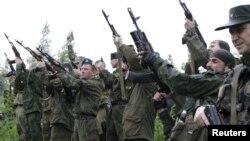 Луганські бойовики (ілюстраційне фото)