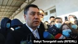 Президенттикке талапкер Садыр Жапаров добуш бергенден кийин. Бишкек, 10-январь, 2021-жыл.