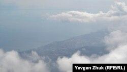 Uzaqta aşada Yalta