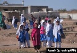 За даними ООН, близько 1,4 мільйона афганських біженців залишаються в Пакистані