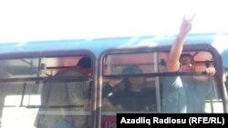 Задержанные у штаба партии Мусават 20 октября 2012