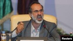 Голова Національної коаліції сирійських революційних і опозиційних сил Муаз аль-Хатіб